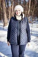 Женская теплая жилетка на синтепоне со стойкой. Размер 52-56