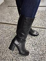 Зимние женские сапоги кожаные на устойчивом каблуке