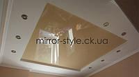 Фото французский глянцевый натяжной потолок на кухне в гипсокартонном коробе - Мирор Стайл натяжные потолки Черкассы #цена