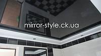 """Черный глянцевый французский натяжной потолок в гипсо-картонном коробе в ванной комнате от """"Мирор Стайл"""" - натяжные потолки Черкассы."""