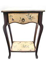 Столик туалетный коричневый (массив дерева 72х50х32 см)
