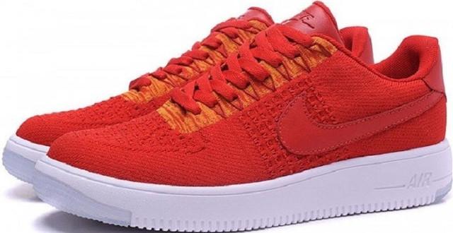 f3162603 Над ее созданием трудилась команда дизайнеров Nike под руководством  дизайн-директора направления обувь Джонатана Джонсонгриффина (Jonathan  Johnsongriffin), ...