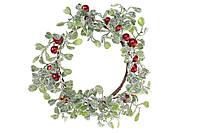 Декоративный венок в снегу с красными ягодами BonaDi 758-320