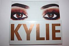 Набор теней Kylie the Royal Peach palette 12 цветов, фото 3