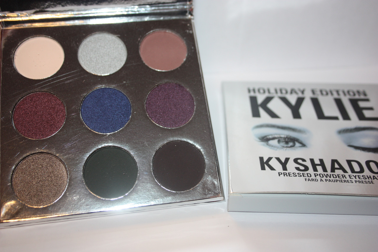 Тени для век KYLIE Holiday Edition KyShadow Pressed Powder Eyeshadow
