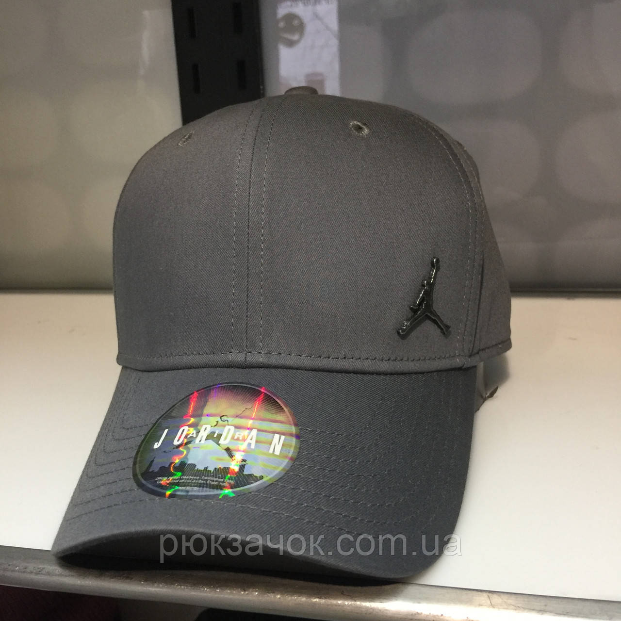 679226a379e2d ... КЕПКА JORDAN CLC99 METAL JUMPMAN 899657-021  Jordan CLC99 Metal Jumpman  Cap White at a great price 34 buy at Footshop ...