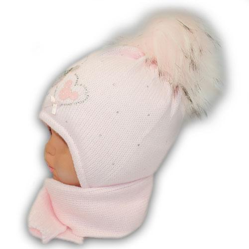 Набор зимний для девочки, шапка с утеплителем и шарф