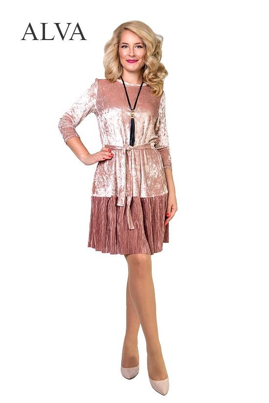 Нарядное женское платье из бархата  в ультрамодных цветах и юбки из гофрированной ткани.