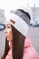 Симпатичная теплая шапка с помпоном