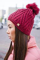 Теплая и комфортная женская шапка