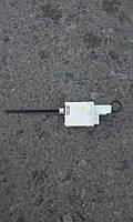 Привод замка лючка бака электрический Рено Трафик б/у