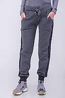 Спортивные теплые брюки с лампасами