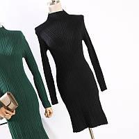 Женское черное трикотажное платье рубчик