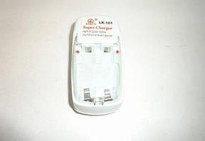 Зарядний пристрій LINKUN LK-101 для акумуляторів АА, ААА пальчик\минипальчик