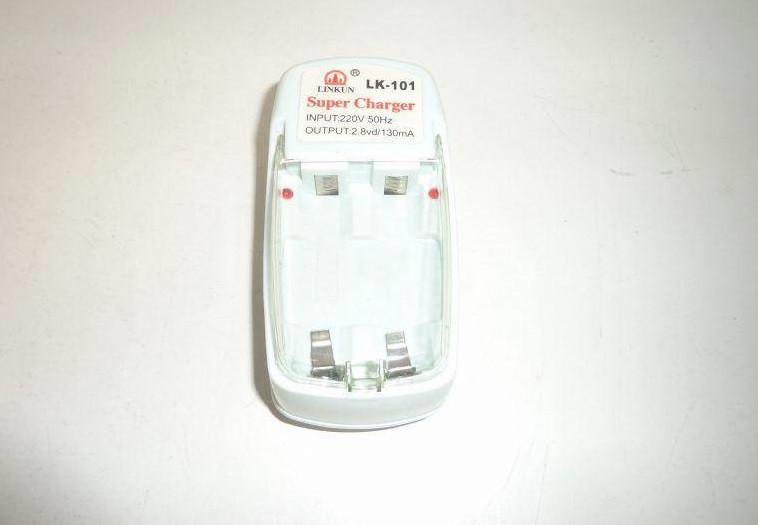 Зарядное устройство LINKUN LK-101 для аккумуляторов АА, AAA пальчик\минипальчик