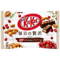 Kit Kat Клюква-миндаль в черном шоколаде