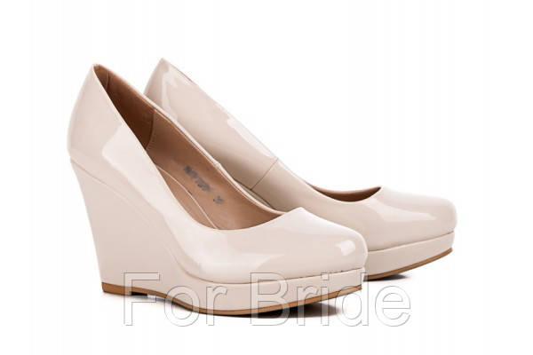 Свадебные туфли на танкетке лаковые бежевые Vina Vestina - For Bride в Киеве 9ddfe52ab3944