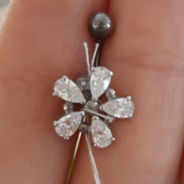 Пирсинг в пупок Цветок серебро 925 картинка