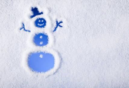 Как использовать искусственный снег для новогоднего декора