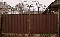 Ворота ковані закриті профнастілом 7040