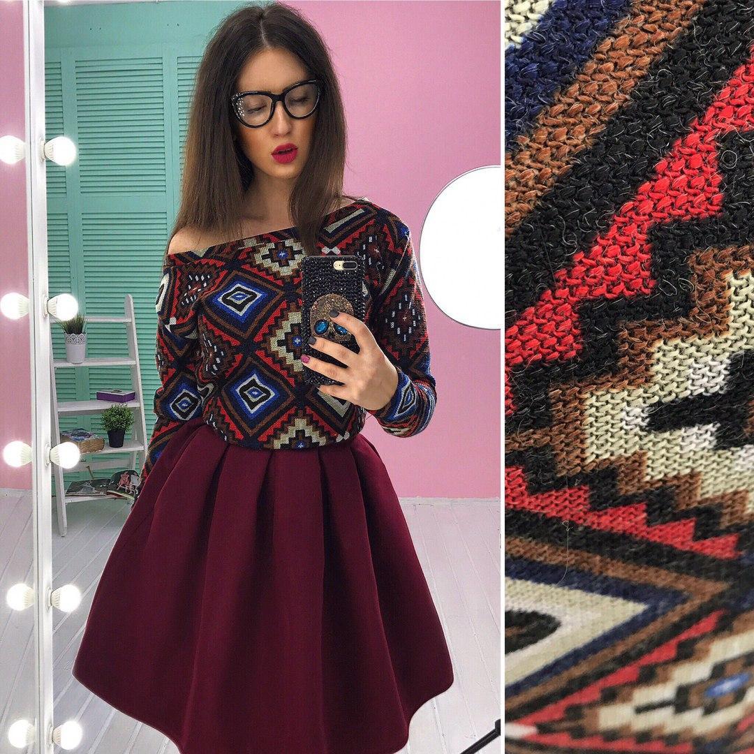 77a429c94302 Костюм женский модный свитшот в орнамент вязка и пышная юбка мини кашемир  разные ...