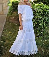 Белая блузка из натурального хлопка с кружевом.