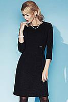Женское вечернее платье черного цвета с выбитым рисунком. Модель Angelika Zaps.