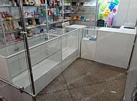 Витрины и прилавки стеклянные под аксессуары для выпечки
