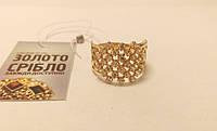 Кольцо золотое, женское, со вставками, размер 22. Вес 5,82 грамм.