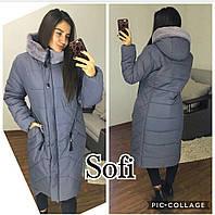 Плащевое женское пальто в больших размерах с мехом на капюшоне 690244