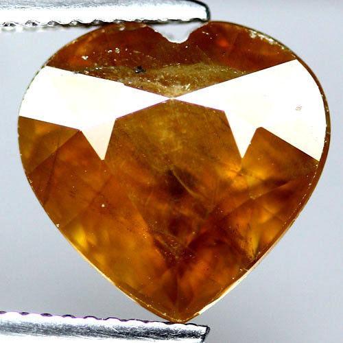 Натуральный Сфен Сердце