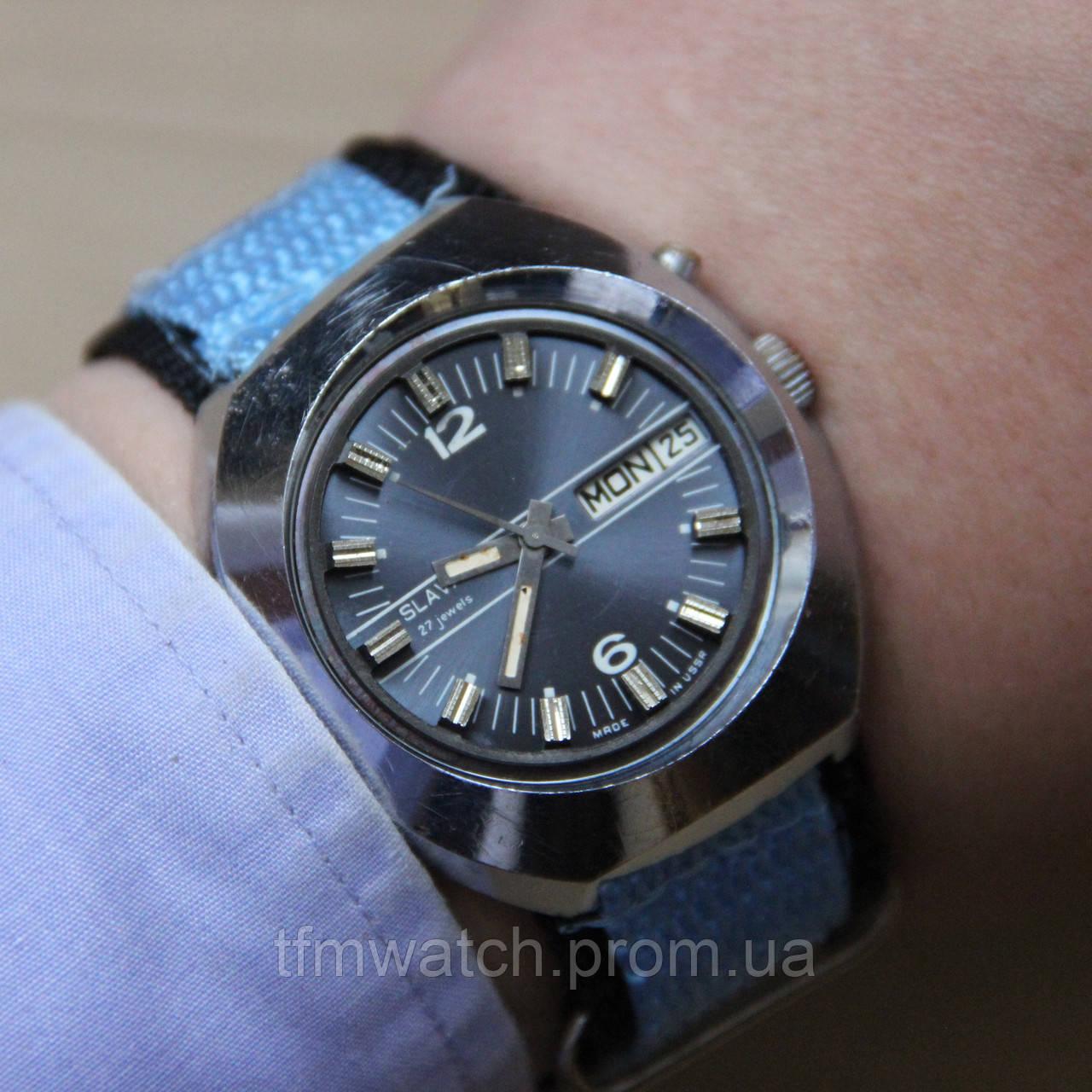 43ff3b543d98 Slava Слава автоподзавод наручные часы СССР - Магазин старинных, винтажных  и антикварных часов TFMwatch в