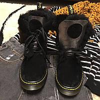Женские зимние ботинки Dr.Martens черные на овчине