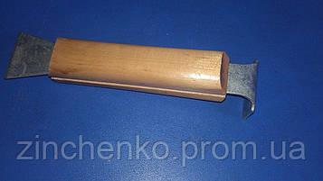 Стаместка 160мм оцинкованная деревянная ручка