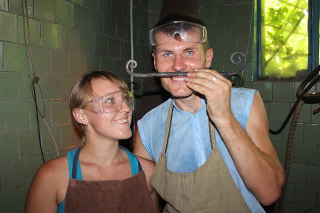 Кованые усы - заготовка для кованого сердечка :)