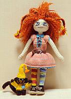 Кукла амигуруми Фанни с обезьянкой Джорджем