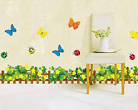 Декоративная наклейка на стену Клеверные ограждения
