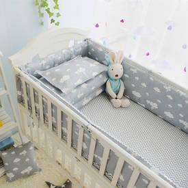 Постель для кроваток и полотенце для малышей
