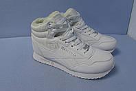 Зимние кроссовки Reebok 5608 белые натуральная кожа код 0828А