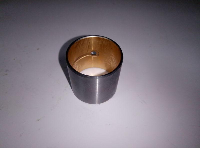 Втулка шатуна двигателя YANMAR 4TNE94 № 129900-23910