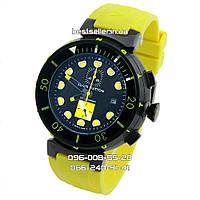 Часы Louis Vuitton Tambour Diving 42mm Chronograph Black/Yellow. Класс: ААА.