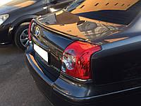 Спойлер лип на багажник Toyota Avensis 2003-2008 под покраску