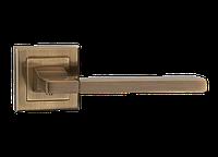 "Дверная ручка на розетке MVM ""QOOB"" A-2008 AB (старая бронза)"