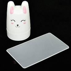 Стемпинг 1шт штамп силикон 3,5см круглый белый Зайчик со скребком пластик 5х8см, фото 2