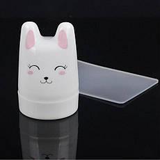 Стемпинг 1шт штамп силикон 3,5см круглый белый Зайчик со скребком пластик 5х8см, фото 3