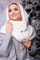 Зимовий сніжно-білий в'язаний хомут/шарф Licato