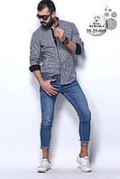 Красивая мужская серая рубашка в клетку