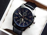Мужские наручные часы Hugo Boss, черного цвета на черном кожаном ремешке, с датой