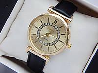 Женские наручные часы Geneva, золотистого цвета на черном кожаном ремешке, со стразами, фото 1