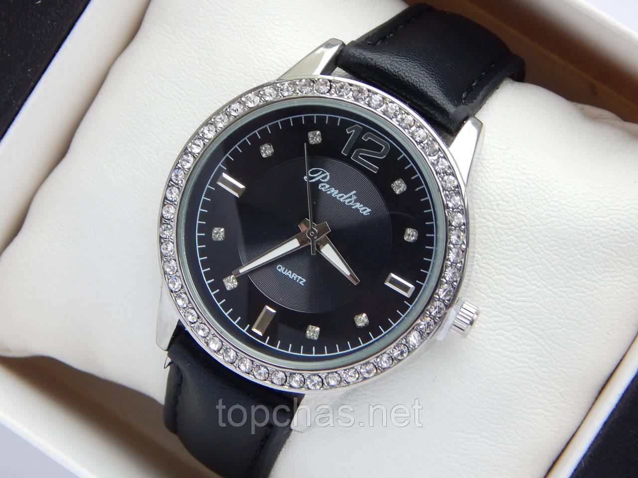 Женские наручные часы Pandora, серебряного цвета, черный циферблат, на  черном кожаном ремешке, 2fdd0828ca0